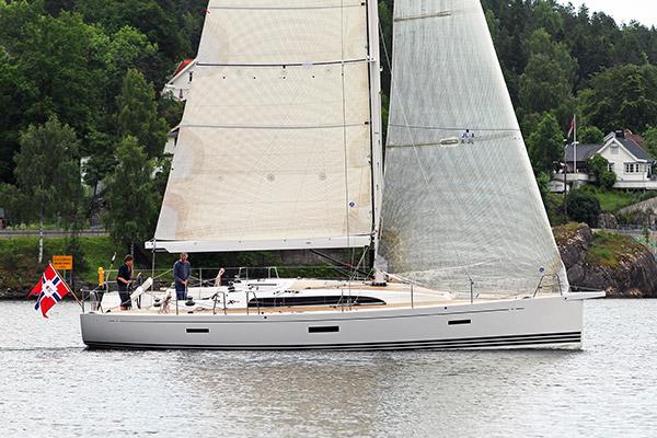 XP 44 on nautinto purjehtia