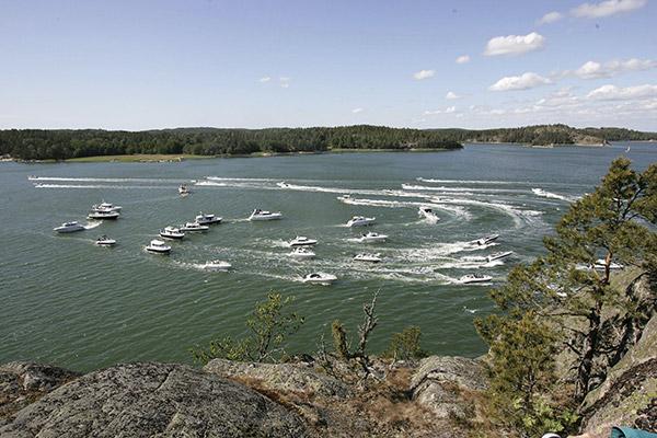 Suomalaisia veneuutuuksia esiteltiin Nauvon vesillä