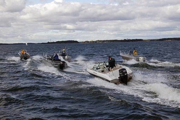 Isojen alumiiniveneiden Suomi-Ruotsi-maaottelussa tyrmäysvoitto Suomeen