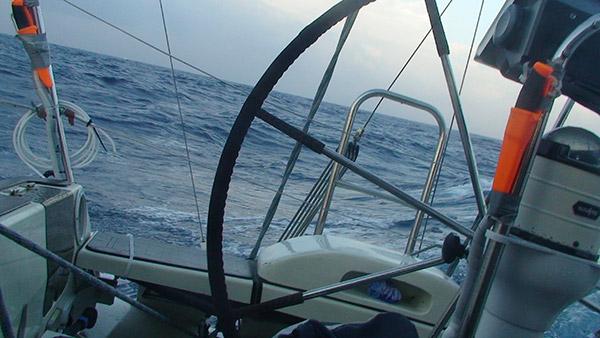 Pikku aalloissa matkalla Lanzarotelle