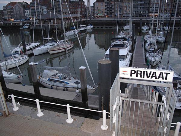 Merimyyräx Oostenden satamassa