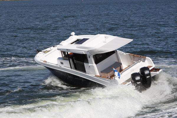 Rajuotteinen ranskatar Beneteau Barracuda 9