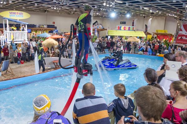 Helsingin venenäyttelyssä 70 000 kävijää