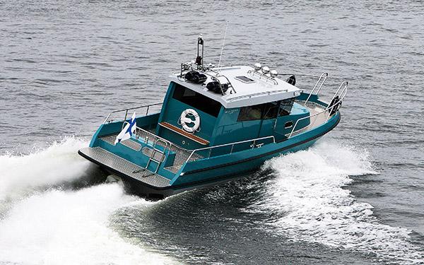 Alumiinihaastaja Brizo Yachts 28