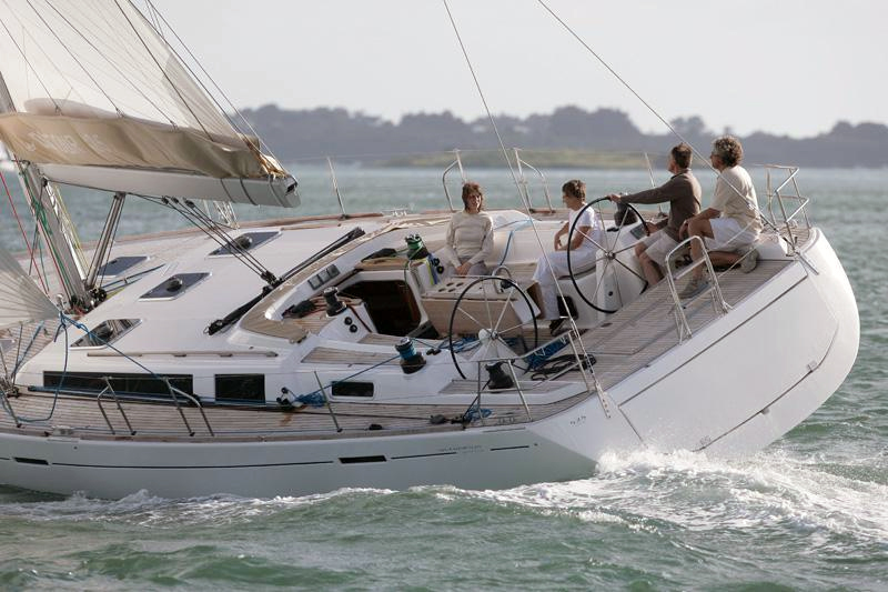 Suurin pursi on Dufour 525 Grand'Large