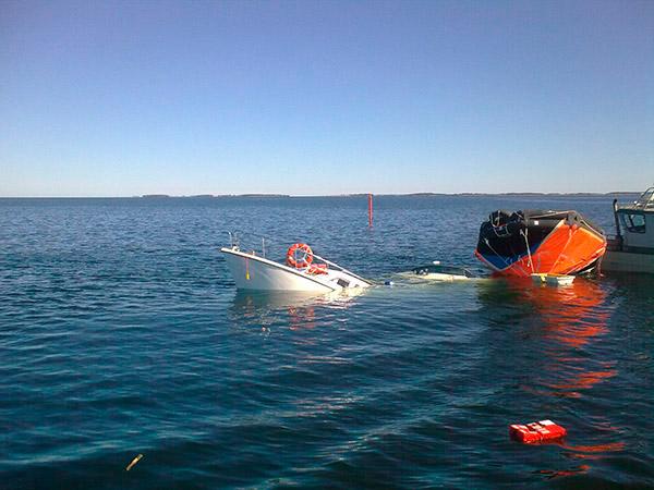Matkustaja-alus upposi 20100817