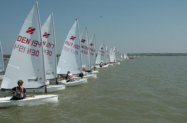 Zoom8 EC 2011